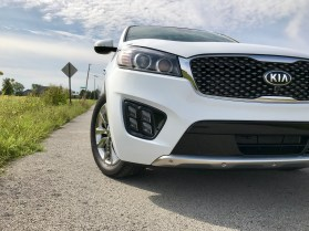 2017 Kia Sorento Review - 31