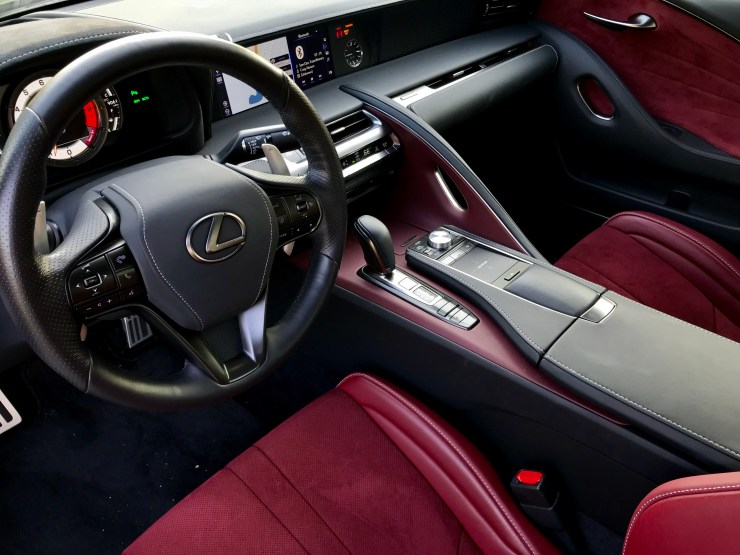 A luxurious upscale interior impresses in the LC 500.