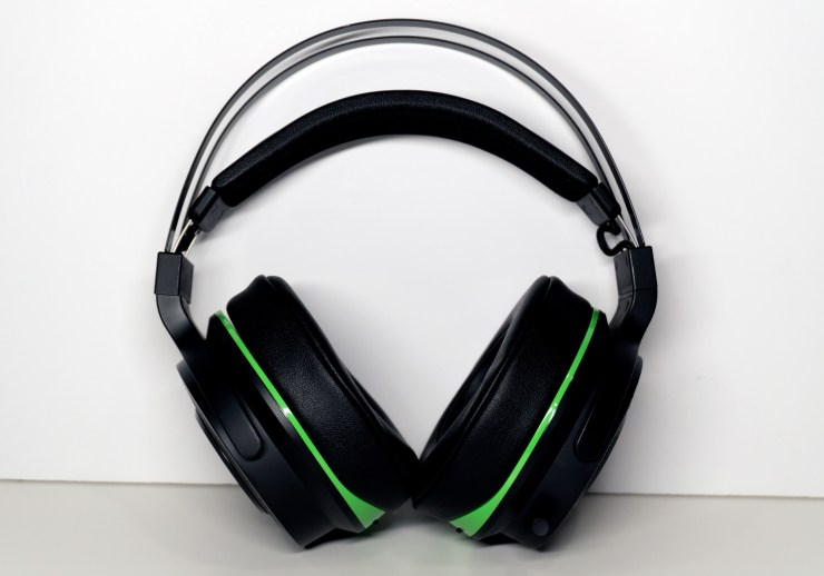 The headphones are very comfortable to wear for long periods.