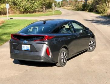 2017 Toyota Prius Prime Review - 12