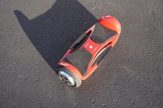 Mozzie Hoverboard Review - 11
