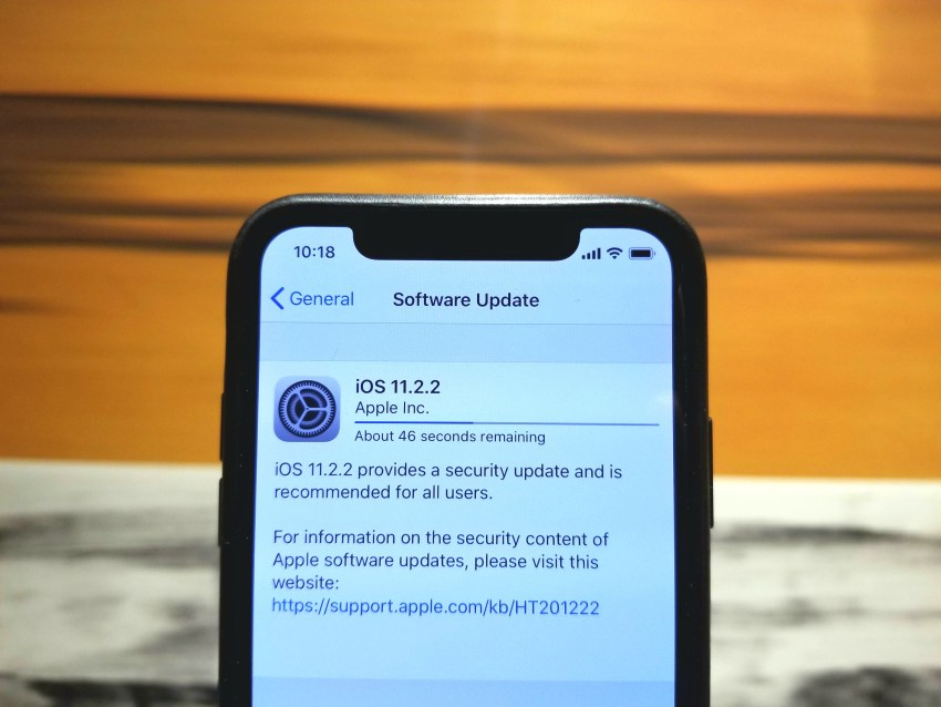Get Familiar with iOS 11.2.2