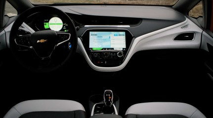 2018 Chevy Bolt Review - 16