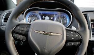 2018 Chrysler 300 Review -Wheel