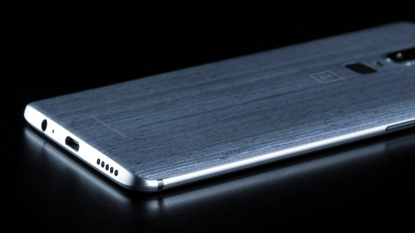 OnePlus 6 is The Next Big Smartphone to Take on TheGalaxy S9and iPhone X OnePlus 6 wood