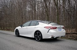 2018 Toyota Camry Review - 14