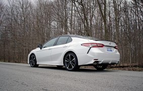 2018 Toyota Camry Review - 15