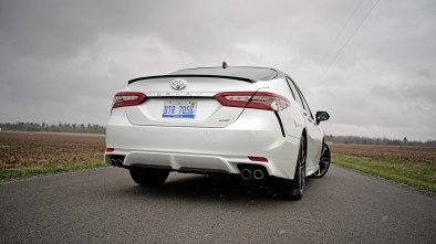 2018 Toyota Camry Review - 19