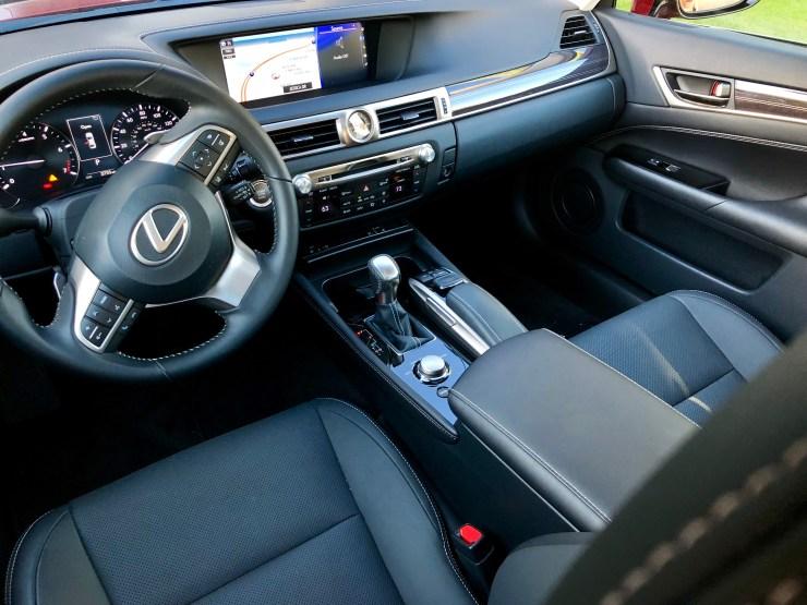 the 2018 Lexus GS 350 interior is spacious.