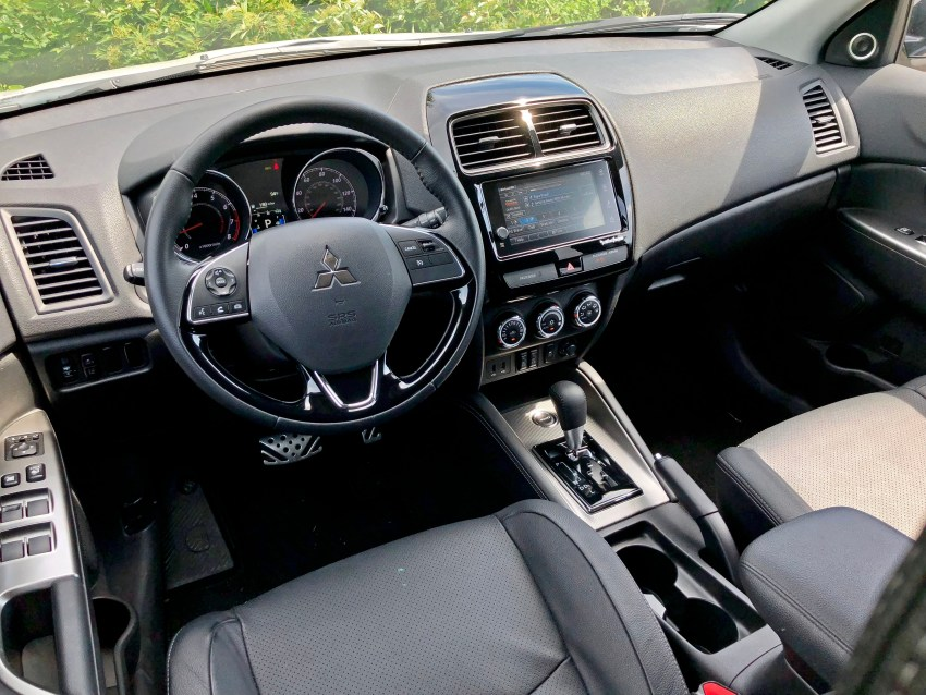 2018 mitsubishi outlander sport - Mitsubishi outlander sport interior ...
