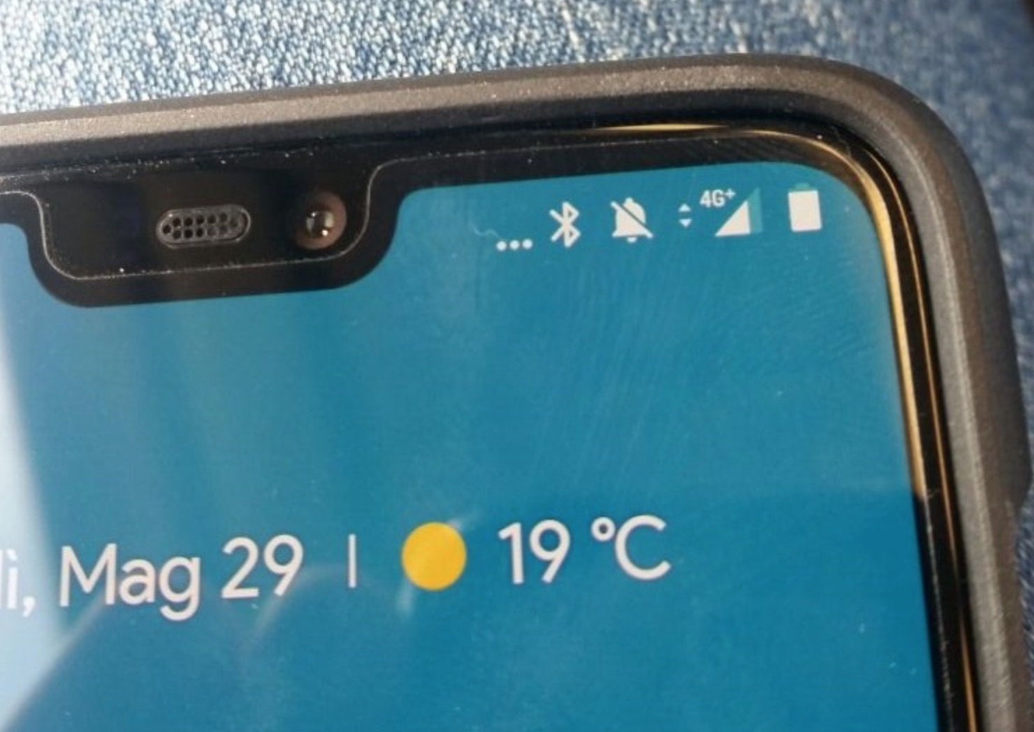 OnePlus 6 Notification Bar Icons Explained
