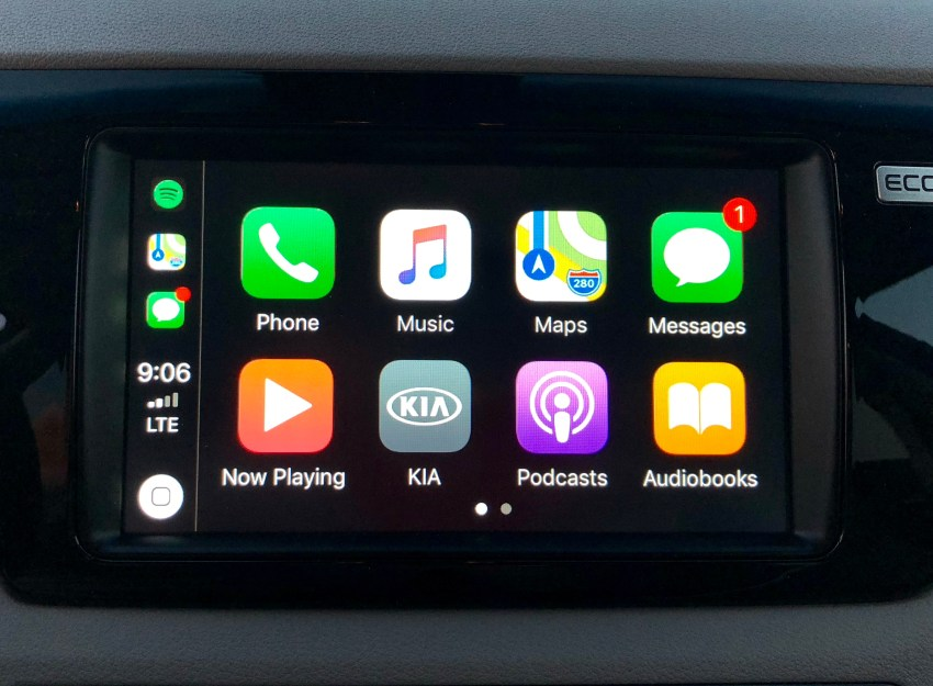 Tap into Apple CarPlay or Android Auto in the Kia Niro.