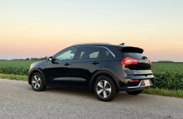 2018 Kia Niro PHEV Review - 22