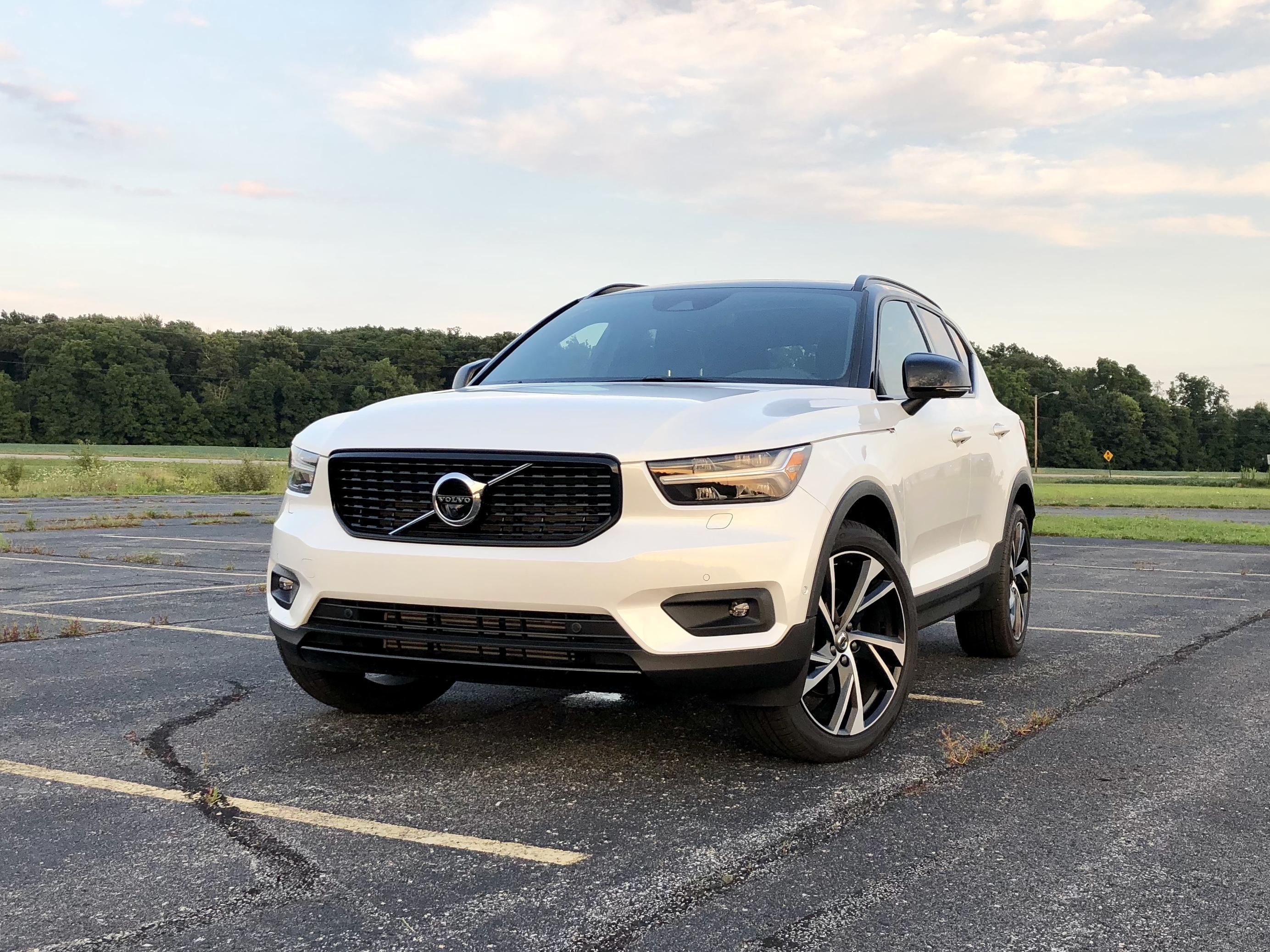 2019 Volvo Xc40 Review