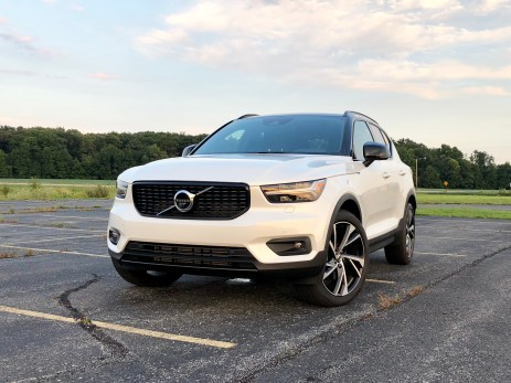 2019 Volvo XC40 Review - 11