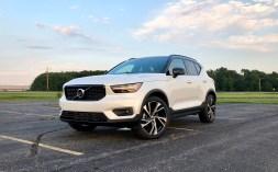 2019 Volvo XC40 Review - 14