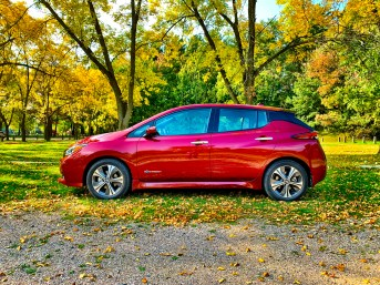 2018 Nissan Leaf Review - 4