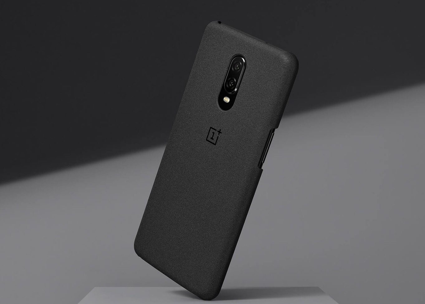 quality design ee8b3 63446 15 Best OnePlus 6T Cases