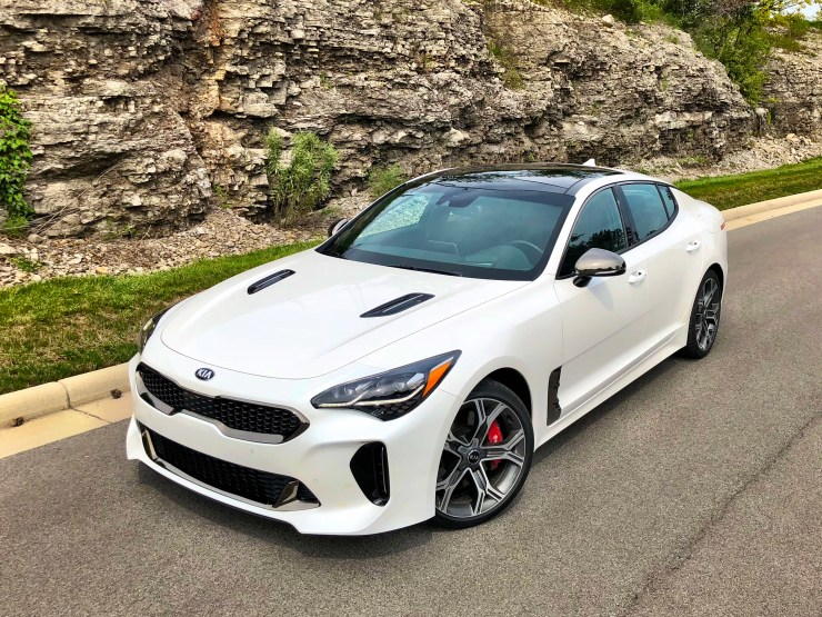 The 2018 Kia Stinger looks great from any angle.