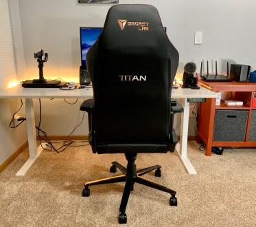 Secretlab Titan Review - 1
