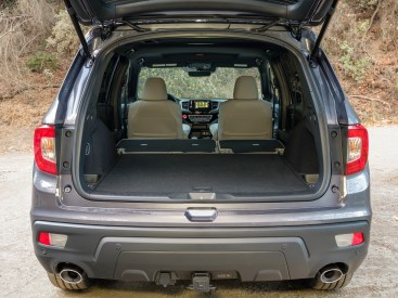 2019 Honda Passport with Accessory Towing Hitch Reciever
