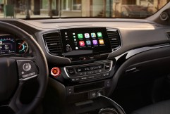 2019 Honda Passport tech includes Apple CarPlay and Android Auto support.