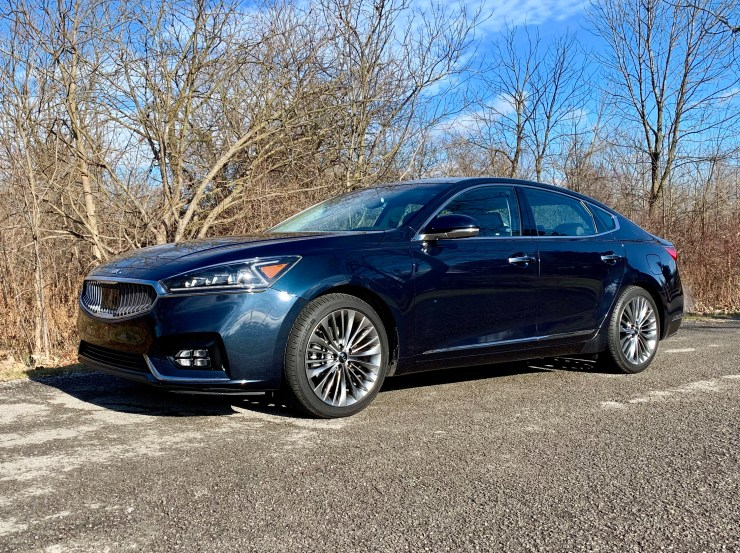 The 2018 Kia Cadenza is one of the best large cars you can buy.