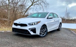2019 Kia Forte Review - 15