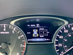 2019 Nissan Pathfinder Review - Interior - 7