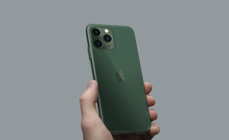 A minimal iPhone 11 Pro case that lets the color shine through.