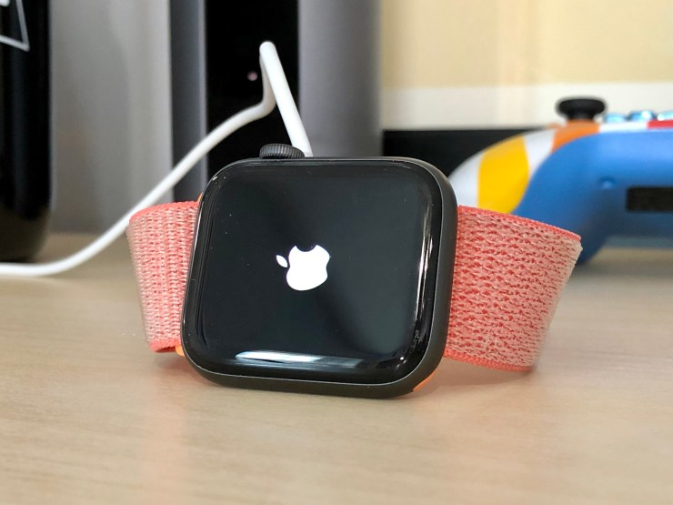 Install iOS 13.1.2 If You Want watchOS 6