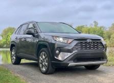 2019 Toyota RAV4 Review - 15
