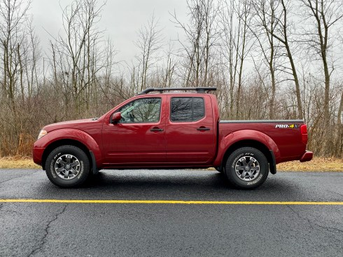 2019 Nissan Frontier Review - 21