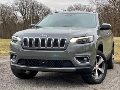 2020 Jeep Cherokee Review - 10