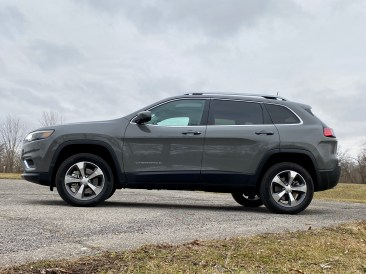 2020 Jeep Cherokee Review - 6