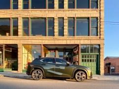 2020 Lexus UX250h Luxury Review - 11