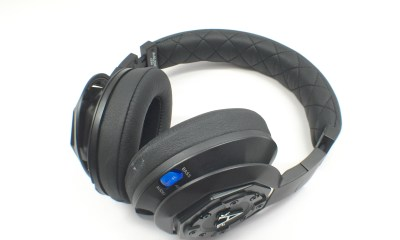 The A-Audio Legacy headphones are comfortable, sound good and include an option to connect a second pair of headphones.