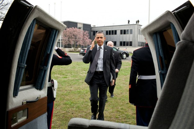 President Obama Carries and iPad 2