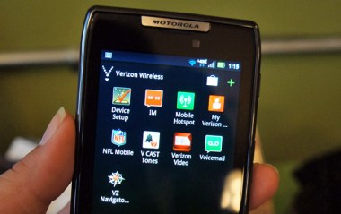 Verizon Wireless pre-loaded apps - Droid RAZR