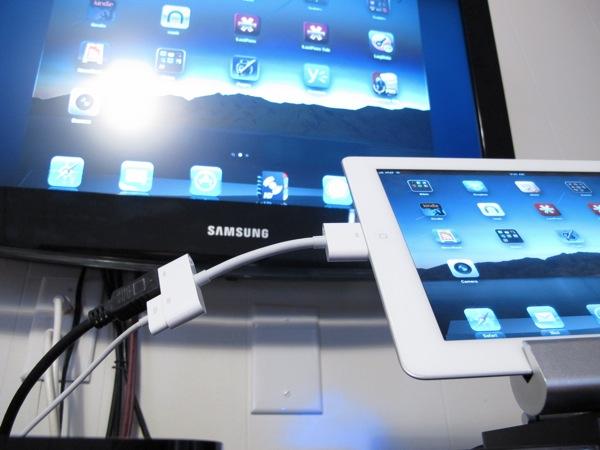 Apple Digital AV Adapter Close Up