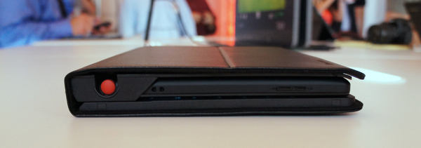 Side View, Closed - ThinkPad Tablet Keyboard Folio Case
