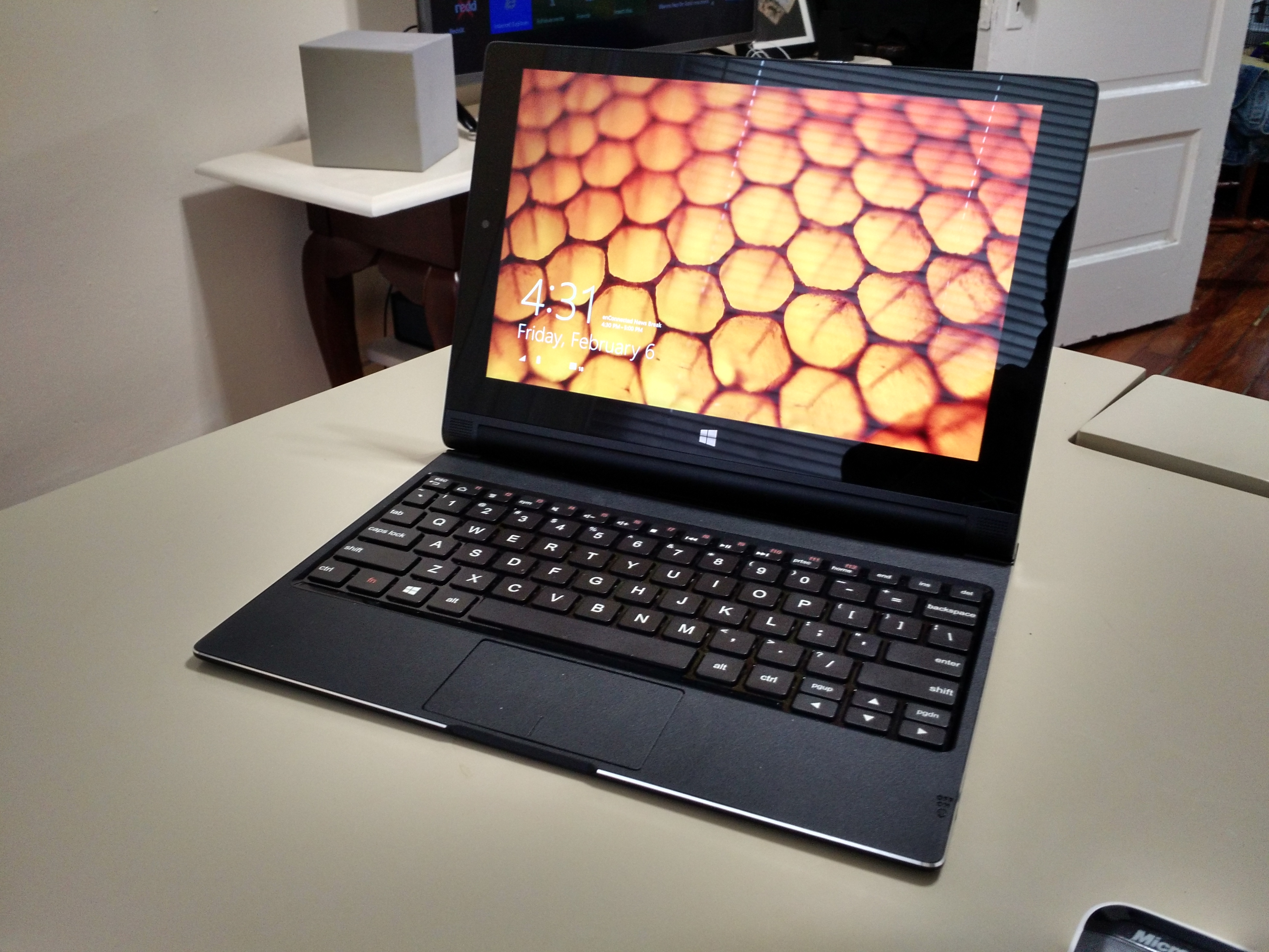 Lenovo Yoga Tablet 2 with Windows 10-inch Review