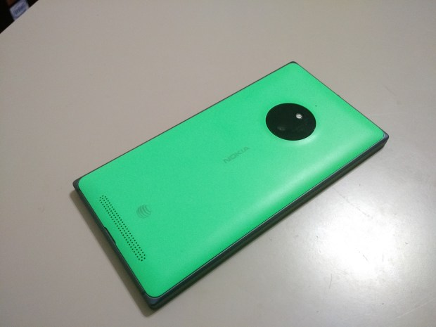 The Lumia 830 blends the designs of the Lumia Icon and Lumia 925.