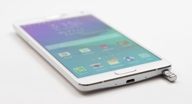 Note the metal design of the Note 4 that we expect to see show up on the Galaxy S6.