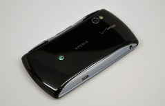 Xperia Play back side