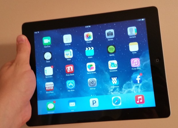Most users can install the iPad 3 iOS 8.1.3 update.