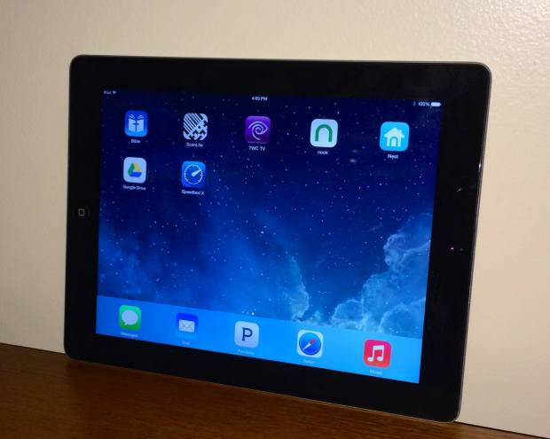 iPad 3 iOS 8.0.2 Review - 3