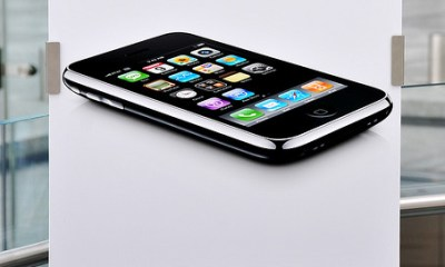 iPhone 3G goes on Sale