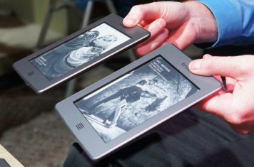Kindle Touch Wi-Fi and 3G Version together