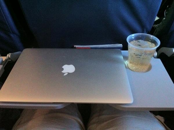 macbook_air_4.JPG